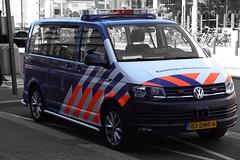 Koninklijke Marechaussee (Kmar) Volkswagen Transporter (Boss-19) Tags: koninklijke marechaussee kmar | nieuwe parklaan 250 scheveningen den haag the hague zuidholland nederland netherlands bureau police station volkswagen transporter 83dmf6