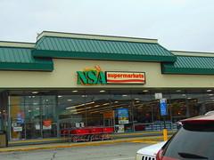 NSA Supermarket (New London, Connecticut) (jjbers) Tags: new london shopping center connecticut may 6 2018 nsa supermarket grocery store