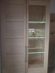 """Vitrine m. Beleuchtung • <a style=""""font-size:0.8em;"""" href=""""http://www.flickr.com/photos/162456734@N05/42734788951/"""" target=""""_blank"""">View on Flickr</a>"""