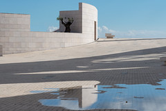 The Unknown (Peter Westerhof) Tags: champalimaudcenterfortheunknown lisbon portugal architect researchcenter architecturalphotography architecture building minimalism champalimaud correa charlescorrea blue