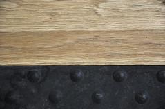 Diptyque 2 (nkpl) Tags: diptyque diptych bois wood plastic plastique sol ground