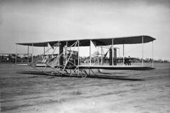 Wright Model B of 1912 Cliff Turpin Pilot (San Diego Air & Space Museum Archives) Tags: aviation aircraft airplane biplane wrightbrothers wright wrightmodelbflyer wrightmodelb wrightb aviator jamescliffordturpin jamescturpin jcliffordturpin jcturpin cliffordturpin cliffturpin turpin