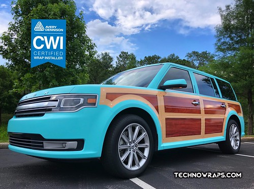 Woodie Ford Flex vinyl vehicle wrap by TechnoSigns in