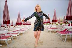 Life is Now (Steve Lundqvist) Tags: woman donna ragazza sea beach spiaggia portrait beauty ritratto italy italia adriatic grooming groomed posh classy fashion moda sand leica q dress dancing dance