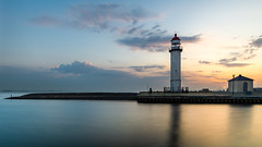 Sunset at Hellevoetsluis (Rob Schop) Tags: wideangle zonsondergang hoyaprofilters hellevoetsluis sonya6000 sunset samyang12mmf20 nederland vuurtoren a6000 lighthouse nd64 outdoor