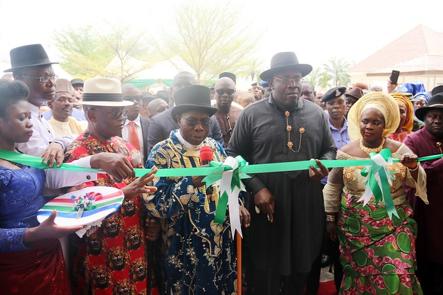 HSDickson - OBJ commissions and unveils the Bayelsa Specialist Hospital 16th FEB 2018