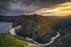 La garganta del Eume (Pablo Mauriz Photography) Tags: acapela atardecer cascada españa eume europa galicia lacoruña montaña nubes rio barranco embalse saltodeagua valle aspontesdegarcíarodríguez es