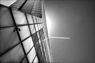 Effleurer le ciel... / Touch the sky...