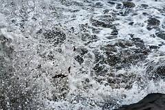 Waves Crashing 2 (pni) Tags: sea ocean water foam froth splash wave seaweed shore northatlanticocean reykjavik is18 iceland ísland pekkanikrus skrubu pni