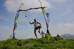 IMG_5566 (Marcia dei Tori) Tags: 2018 montespigolino italy skyrun marciadeitori mdt2018 caicarpi appennino appenninomodenese januacoeli paololottini running mountain italia emiliaromagna run sky flag tibetanflag