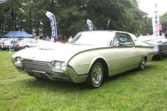 American Ford Thunderbird. (Yesteryear-Automotive) Tags: american automobile ford thunderbird car motorcar