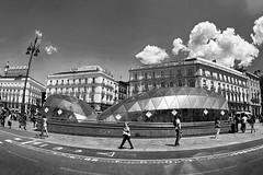 Puerta del Sol. Madrid. Spain (COLINA PACO) Tags: madrid plaza calles rues streets blancoynegro blackandwhite bw franciscocolina spain spagna españa espagne