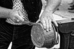 IMG_7131_stephane (douaystephane) Tags: paca ancien chaudronnier patrimoine france entressen istres provence noir blanc monochrome tradition coutume main marteau
