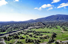 México, Teotihuacán  Valley (gerard eder) Tags: world travel reise viajes america northamerica centralamerica mexico méxico mittelamerika paisajes panorama landscape landschaft countryside rural rurallife village villagelife outdoor natur nature naturaleza teotihuacán pyramiden pyramides piramides archeology archeologie arqueologia