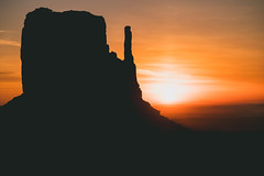 (David Youngblood) Tags: sony a6300 arizona rock mitten silhouette monumentvalley sunrise