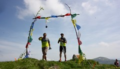 IMG_5648 (Marcia dei Tori) Tags: 2018 montespigolino italy skyrun marciadeitori mdt2018 caicarpi appennino appenninomodenese januacoeli paololottini running mountain italia emiliaromagna run sky flag tibetanflag