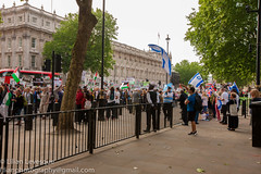 Free Palestine 5 June 2018-3264 (Lilian Levesque) Tags: london westminster parliament downing street protest palestine israel march june flags free freedom politics middle east moyen orient londres manifestation protesta palestina mps mp politician current affairs news