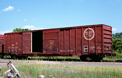 MP 376553 (Chuck Zeiler) Tags: mp 376553 railroad boxcar freight car box cotter train chuckzeiler chz