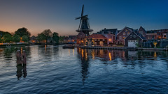 Haarlem Blue Hour (Elenovela) Tags: haarlem windmill windmühle bluehour blauestunde restlicht availablelight deadriaanhaarlem wasser water noordholland panasonicgh5