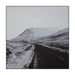 43/100x (neals pics) Tags: 100xthe2018edition 100x2018 image43100 mountains snow scotland road travel journey winter weather direction