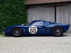 Ford GT40 FIA historic racer (1965).