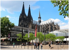 Cologne Cathedral (Alex Chirila) Tags: kölner dom cathedral canon eos m10 1545 mm sunny day cologne germany