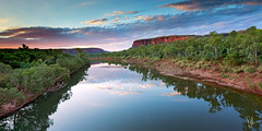 Victoria River Sunset (Louise Denton) Tags: nt northernterritory australia outback explore nature vic victoria river escarpmnent red cliff