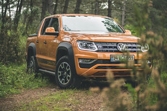 V6 (WeekendPlayer) Tags: v6 vw amarok canyon forest drive road nature car vehicle orange pickup 4x4 grass wood tree trees volkswagen adventure