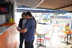 #SantaMaria Visita de trabalho ao comércio local da quadra 102 em Santa Maria. A falta de iluminação pública e sinalização do estacionamento, tem gerado muitos problemas e reclamações de moradores e comerciantes da região. #GabineteNasRuas #NadaResisteÀFo (Renato Santana - vice-governador DF) Tags: desatandonós santamaria gabinetenasruas nadaresisteàforçadotrabalho