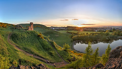 Sunset at the Chapel (Fading Dusk Photography) Tags: edinburgh edinburghcastle sunset uk scotland panorama citypanorama cokinfilters hdr highdynamicrange stanthonyschapel stmargaretsloch cokinnd8 tokinaatxpro1116mmf28dxii wideangle goldenhour ultrawideangle fadingduskphotography kyoshimasamune holyroodpark holyrood arthursseat salisburycrags firthofforth forth caltonhill