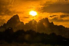 DSC_1413.jpg (bobosh_t) Tags: grandtetonnationalpark grandteton sunset
