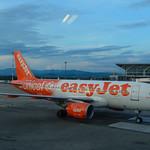 G-EZIO - Airbus A319-111 - EasyJet (Unicef Livery) thumbnail