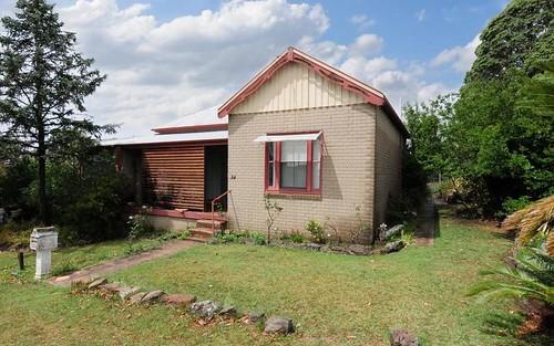 34 Douglas St, Nowra NSW 2541