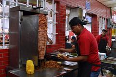 Taquería (Evelio AD) Tags: calle tacos noche trabajo güeros mex méxico taquería iztapalapa cdmx visitmexico food pineaple