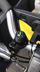 Widek kompas fietsbel niet te gebruiken icm Ortlieb stuurtas (Wouter Duijndam) Tags: widek fietsbel magnetisch veld niet te gebruiken combinatie met icm ortlieb stuurtas randonneur gazelle