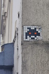 Invader_8569 Paris 13 (meuh1246) Tags: streetart paris paris13 ruedubanquier invader spaceinvaders mosaïque