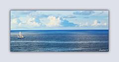 MIRANDO EL HORIZONTE (Angelines3) Tags: cielo nubes naturaleza agua mar barco azul