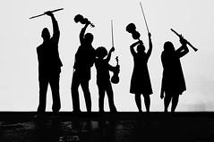 Músicos (Guillermo Relaño) Tags: cameratamusicalis guillermorelaño schuman sinfonía cuarta teatro nuevoapolo especial ¿porqueesespecial concierto nikon d90 orquesta blackandwhite blancoynegro byn bw silueta