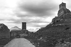 Atienza. Guadalajara. IMG_3689_ps (Inclitus) Tags: blancoynegro castillo nubes arquitectura torre