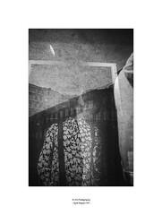 pascale devant le miroir (19Mauro64) Tags: martphotography monochrome abstract arte artcity walkingtour mirroreffects mirrorart zürichwest elementspatterns elements riflessifotografici texture urban kunsthallezürich lightshadow lichtkunst leicaq lichtordnung contrast citylights vision variierteelemente vetrine vetrata freeform graytones hall exposition view bw bianconero graffiti