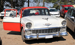 1956 Chevrolet 210 (crusaderstgeorge) Tags: crusaderstgeorge classiccars cars redandwhite americancars americanclassiccars americancarsinsweden 1956chevrolet210 1956 chevrolet 210 årsunda sweden sverige veterancar