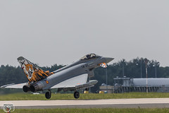 Spanish Tiger landing (maclapt0p) Tags: fighter aircraft spain plane ef2000 poznan ntm2018 typhoom poland polen