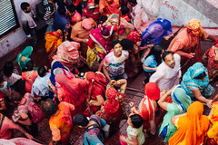 Holi Crowd, Vrindavan India (AdamCohn) Tags: adamcohn india vrindavan celebration colorful colors gulal holi wwwadamcohncom
