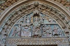 Santa Maria La Real, Olite, Navarre (thierry llansades) Tags: navarre olite santamarialareal lareal real navarra tudela alfaro pamplona pampelune espagne espagna eglise isglesia esglesia palais palaisroyal palaisreal fronton porche
