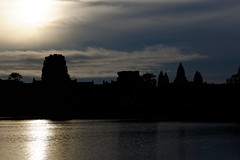 Silhouette of Angkor Wat at sunrise (unsharptooth) Tags: angkorwat angkor siemreap cambodia angkorarchaeologicalpark travel travelphotography sunrise silhouette landscape landscapes worldmonument landscapephotography moody cloudy landschaft
