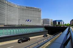 EU on Road infrastructure and tunnel safety (davidvankeulen) Tags: europe europa belgië belgium belgique belgien brussel bruxelles brüssel régiondebruxellescapitale brusselshoofdstedelijkgewest brusselscapitalregion metropoolbrussel stad city stadt ville davidvankeulen davidvankeulennl davidcvankeulen urbandc berlaymontbuilding berlaymont berlaymontgebouw headquartersoftheeuropeancommission headquarters europeancommission ec europesecommissie schuman verkeer traffic tunnel onderdoorgang autotunnel cartunnel verkeerstunnel infrastructuur wettunnel