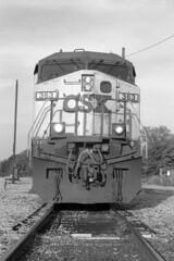 363 Nose (DJ Witty) Tags: rangefinder train railroad rr photography kodakretinalllc fujiacros hanover pennsylvania usa csxt cw44ac generalelectric ge blackwhite bw