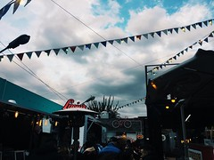 (maycambiasso98) Tags: buenosaires argentina sun clouds cloudy cloud day park trucks truck foodtrucks foodtruck food