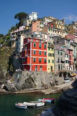 Riomaggiore - Cinque Terre (Darea62) Tags: riomaggiore cinqueterre village unesco liguria italy seascape boats shore harbor mediterranean sea architecture borgo travel holiday