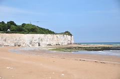 DSC_4847 (Thomas Cogley) Tags: broadstairs seaside sea front seafront beach cliff chalk shore